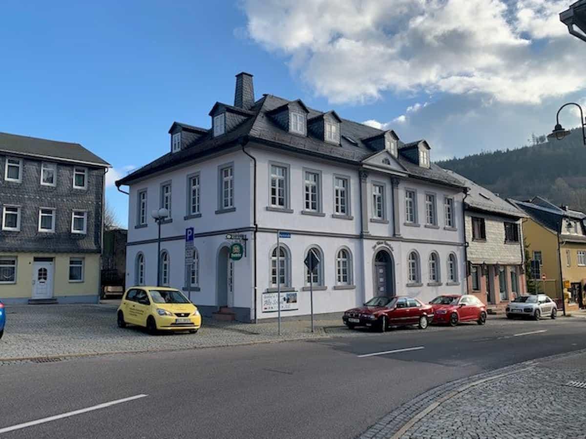 Mehrfamilienhaus in Thüringen - Kapitalanlage Gräfenthal, Marktstr. 1